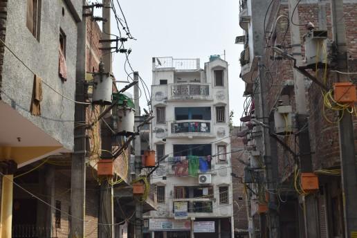 Walking through Madanpur Khadar, New-Delhi, India. Credit: Gail Wilson