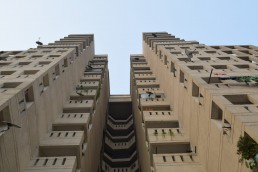 An impressive block of houses and flats at the Kidwai Nagar Development, Delhi, India. Credit: Gail Wilson, University of Glasgow