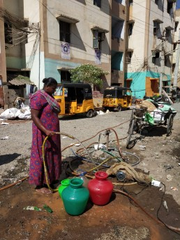 Access to clean pipe water still a 'pipe dream' for some in Madurai, India. Credit: Pragya Sharma.