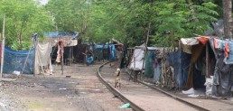 Shelters along the railway lines: unsustainable yet only hope for poorest of the urban poor in Khulna city. Credit: Tanjil Sowgat.