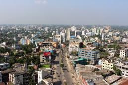Khulna mixed commercial area along KDA Avenue. Credit: Irfan Shakil, Khulna University