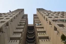 An impressive block of houses and flats at the Kidwai Nagar Development, Delhi, India. Credit: Gail Wilson, University of Glasgow