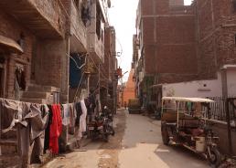 Housing plots in Madanpur Khadar, Delhi, India. Credit: Ya Ping Wang, University of Glasgow