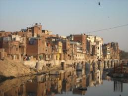 Urban slum, Delhi, India. Credit: Sistak, Flickr